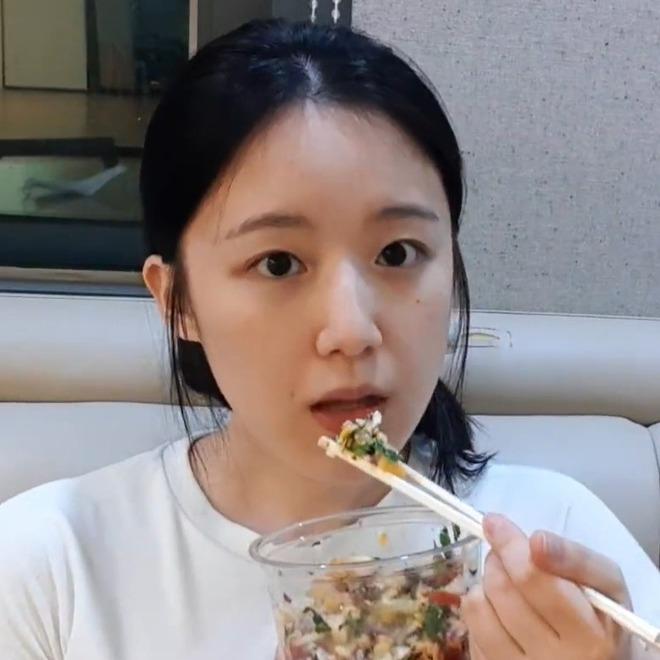 Hí hửng khoe thực đơn giảm cân mới, Shuhua (G)I-DLE khiến người hâm mộ sợ tái mặtnhưng vẫn nhất quyết rủ rê dân tình thử ngay - ảnh 9