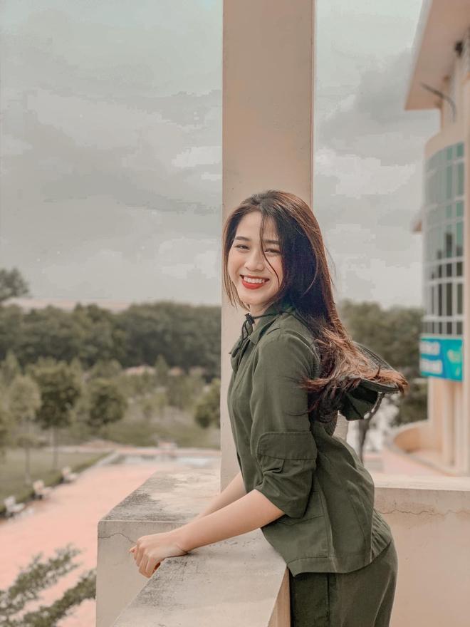 Tân Hoa hậu Việt Nam Đỗ Hà gây sốt với ảnh học quân sự xinh hết phần thiên hạ - ảnh 6