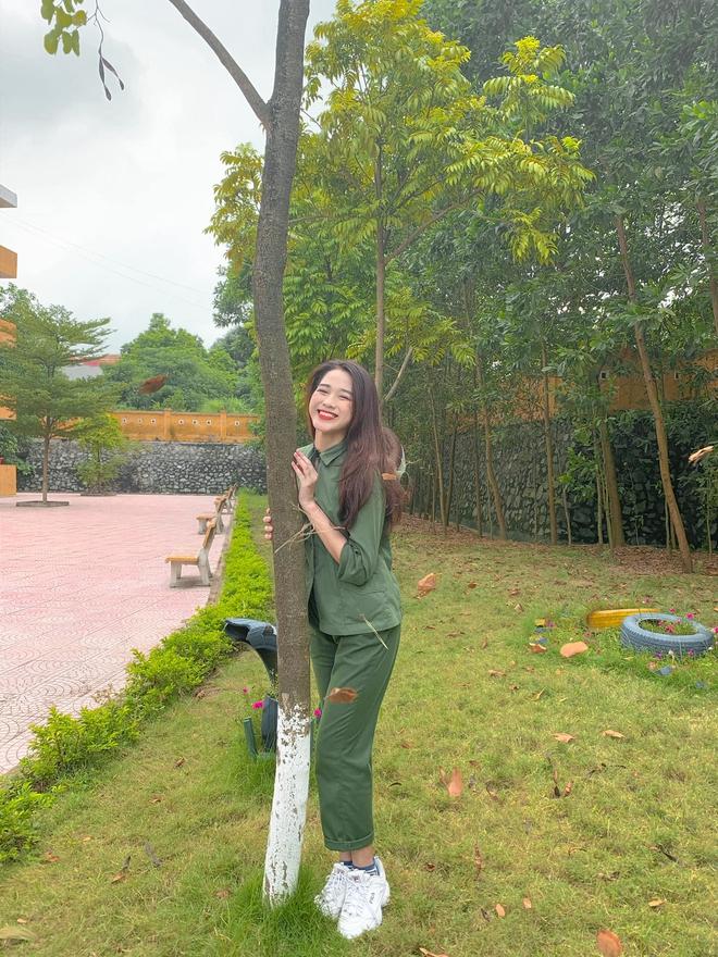 Tân Hoa hậu Việt Nam Đỗ Hà gây sốt với ảnh học quân sự xinh hết phần thiên hạ - ảnh 9
