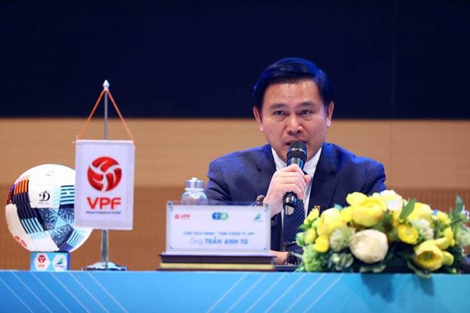 V.League 2021 hạn chế thuê trọng tài ngoại dù trọng tài Việt mắc nhiều sai lầm - ảnh 1