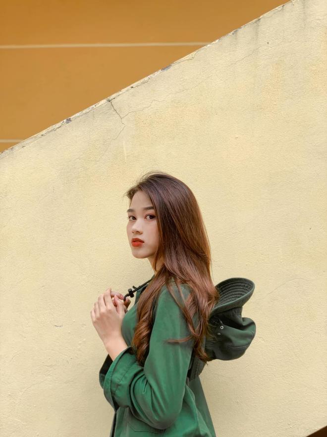 Tân Hoa hậu Việt Nam Đỗ Hà gây sốt với ảnh học quân sự xinh hết phần thiên hạ - ảnh 3