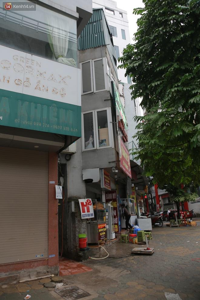 Ảnh: Cận cảnh những ngôi nhà siêu mỏng, siêu nhỏ ở đường Trường Chinh - ảnh 10