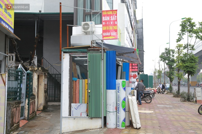 Ảnh: Cận cảnh những ngôi nhà siêu mỏng, siêu nhỏ ở đường Trường Chinh - ảnh 7