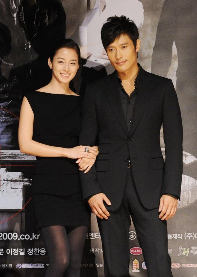 Mỹ nhân Vườn Sao Băng Lee Min Jung: Tiểu thư ngậm thìa vàng, vì yêu mà tha thứ cho chồng tài tử dính bê bối ngoại tình động trời - ảnh 7