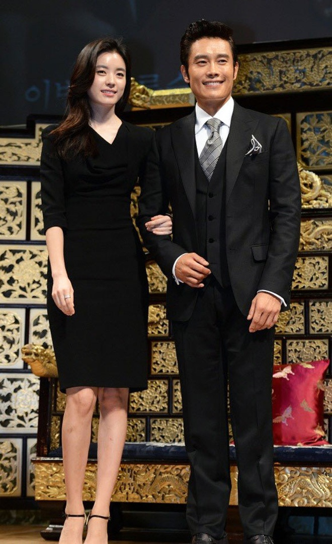 Mỹ nhân Vườn Sao Băng Lee Min Jung: Tiểu thư ngậm thìa vàng, vì yêu mà tha thứ cho chồng tài tử dính bê bối ngoại tình động trời - ảnh 9