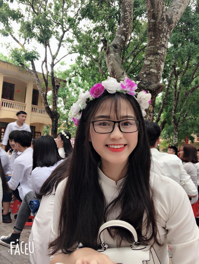Hành trình nhan sắc thay đổi chóng mặt của Hoa hậu Đỗ Thị Hà từ cấp 1 cho đến lúc lên Đại học - Ảnh 6.