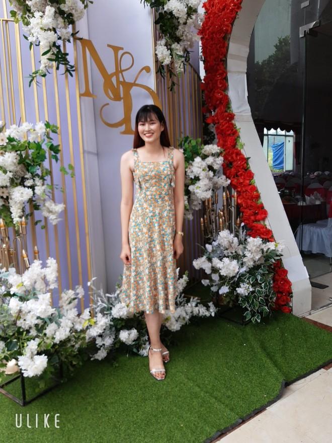 Tân Hoa hậu Đỗ Thị Hà còn có một chị gái, giản dị nhưng chiều cao và nụ cười xinh cũng không thua kém - ảnh 8