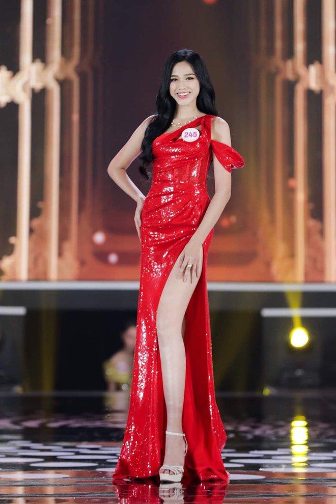 Phản ứng dễ thương của người nhà tân Hoa hậu Việt Nam 2020: Vui sướng quá có nói được gì đâu! - ảnh 2