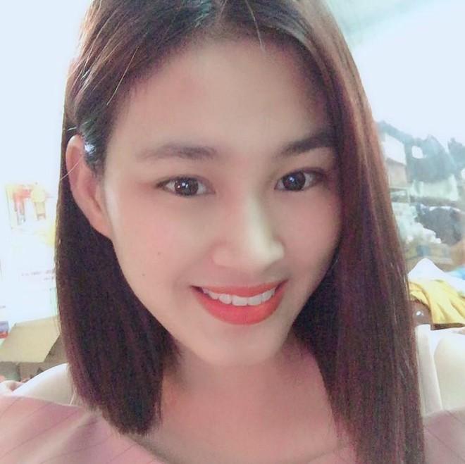 Tân Hoa hậu Đỗ Thị Hà còn có một chị gái, giản dị nhưng chiều cao và nụ cười xinh cũng không thua kém - ảnh 3