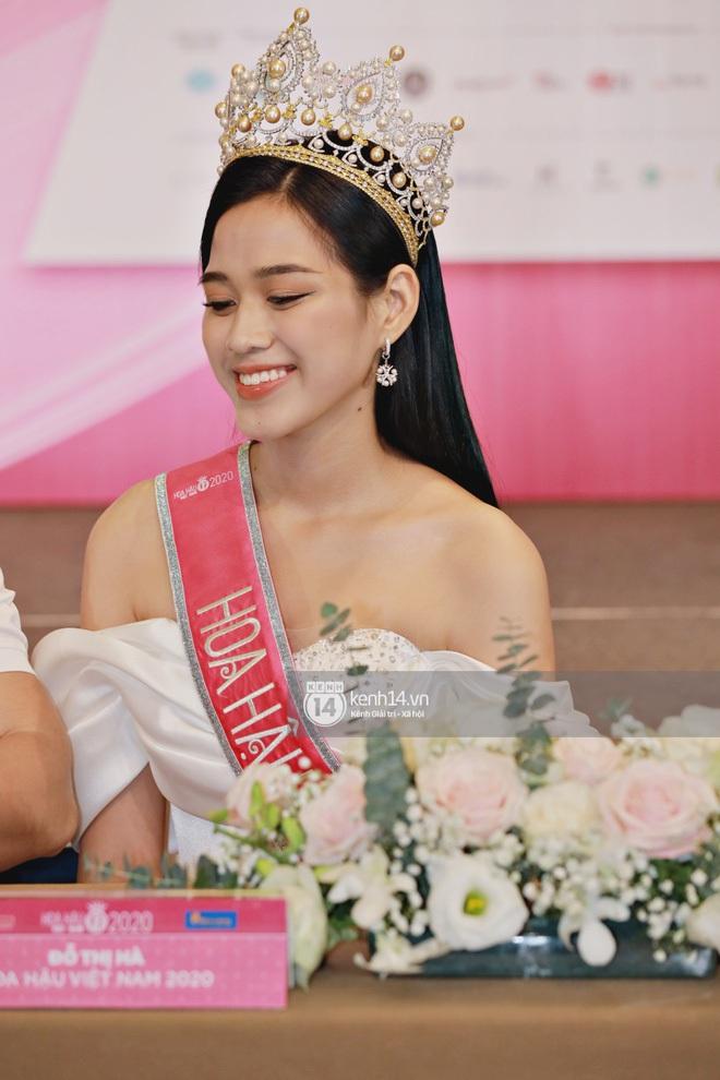 Sinh viên ĐH Kinh tế Quốc dân nói gì khi trường lần đầu tiên có Hoa hậu? - ảnh 2