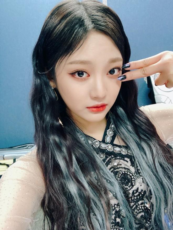 Center nói xấu BLACKPINK và EXO Karina (aespa) đảo chiều dư luận chỉ nhờ 1 bức ảnh, gây choáng khi lấn át cả nữ thần Kpop - ảnh 8