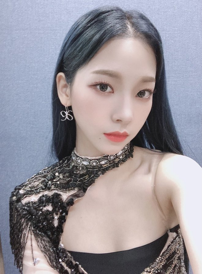 Center nói xấu BLACKPINK và EXO Karina (aespa) đảo chiều dư luận chỉ nhờ 1 bức ảnh, gây choáng khi lấn át cả nữ thần Kpop - ảnh 5