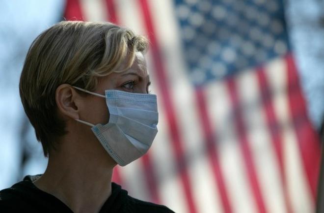 Mỹ tiếp tục là ổ dịch lây nhiễm virus SARS-CoV-2 lớn nhất thế giới - ảnh 1