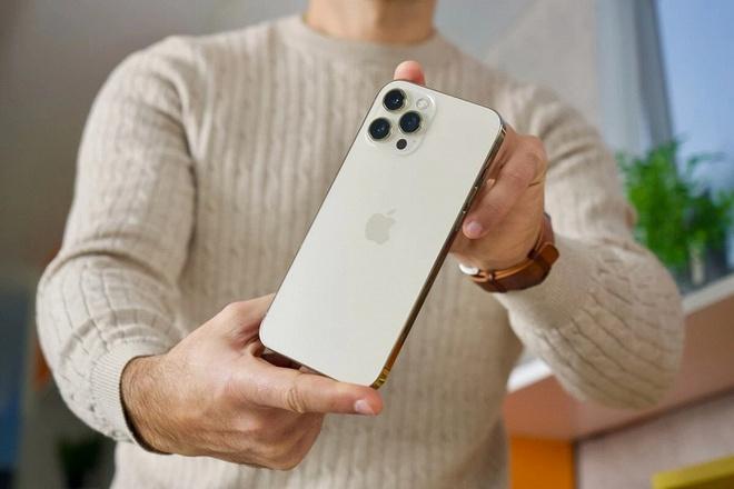 iPhone 12 Pro Max đang rất hot, nhưng không nên mua ở thời điểm này! - ảnh 4
