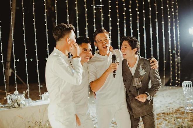 Họ nhà trai đồng loạt xả hình đám cưới Công Phượng: Hải Quế dặn dò vợ luôn đúng nha em - ảnh 4