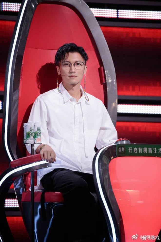 Không thể tin được đây là ảnh hồi bé của tài tử Tạ Đình Phong: Xinh như công chúa, lại còn quá giống Quan Hiểu Đồng - ảnh 5