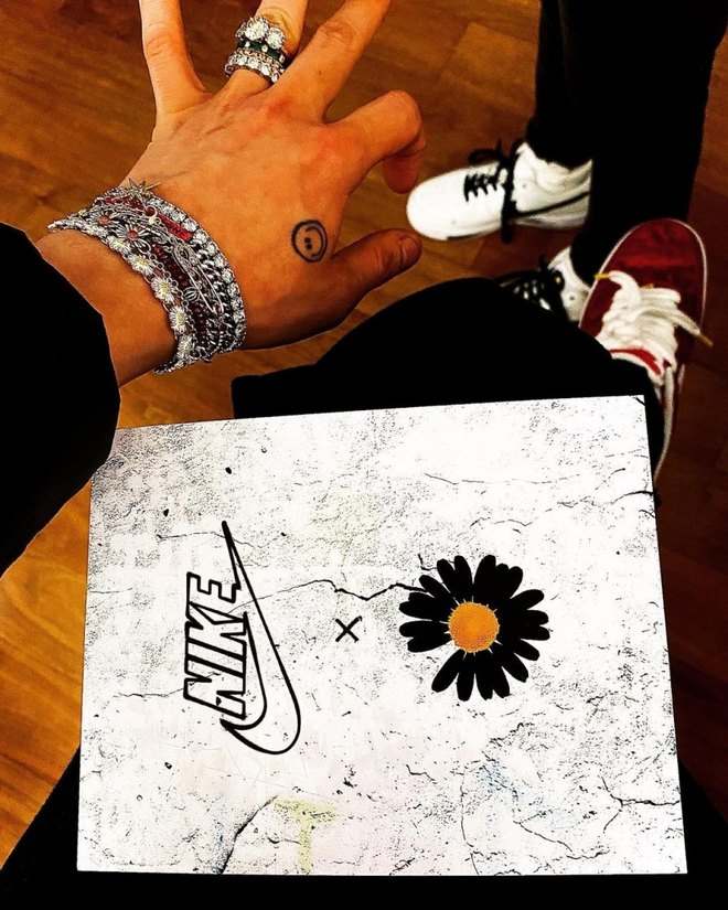 """G-Dragon lại một lần nữa gây sốt với phối màu hoàn toàn mới của PEACEMINUSONE x Nike AF1 """"Para-Noise 2.0"""" - Ảnh 4."""