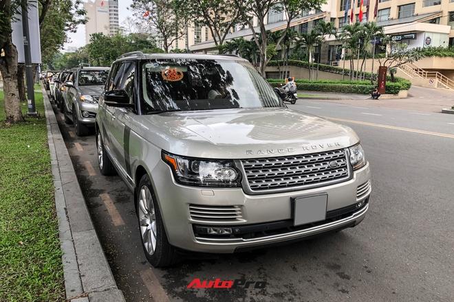 HOT: Loạt xe khủng đưa dâu trong đám hỏi Phan Thành, chú rể cầm lái Rolls-Royce Wraith 34 tỷ đồng - ảnh 6