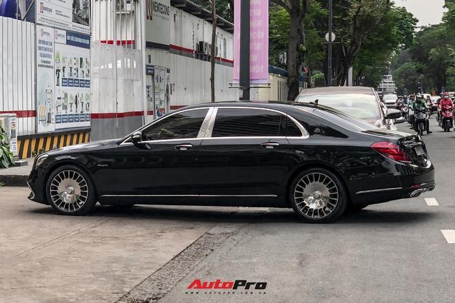 HOT: Loạt xe khủng đưa dâu trong đám hỏi Phan Thành, chú rể cầm lái Rolls-Royce Wraith 34 tỷ đồng - ảnh 13