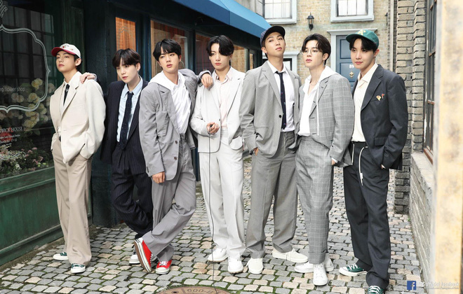 Knet phổng mũi tự hào khi biết BTS nhận đề cử Grammy nhưng chiếm trọn spotlight là màn quăng điện thoại của RM - Ảnh 5.