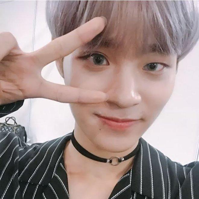 Khuyết điểm mắt không dìm nổi nhan sắc 6 idol này: V (BTS) đúng là gương mặt đẹp nhất thế giới, Yoona nổi là có lý do! - Ảnh 16.