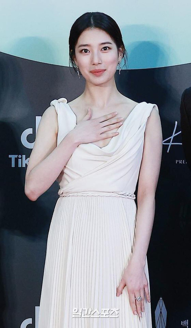 Tranh cãi giữa fandom Jisoo - Suzy: Cùng làm đại sứ thương hiệu của Dior, 5 lần 10 lượt đụng hàng nhưng ai mới là nàng thơ đích thực của hãng? - ảnh 14