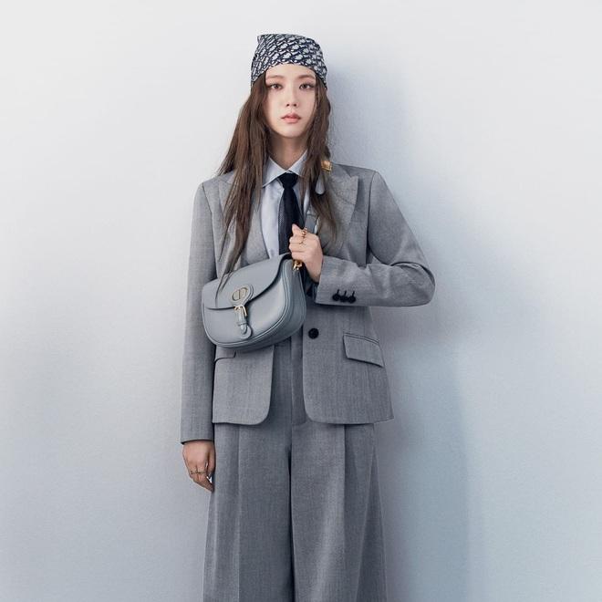 Tranh cãi giữa fandom Jisoo - Suzy: Cùng làm đại sứ thương hiệu của Dior, 5 lần 10 lượt đụng hàng nhưng ai mới là nàng thơ đích thực của hãng? - ảnh 6