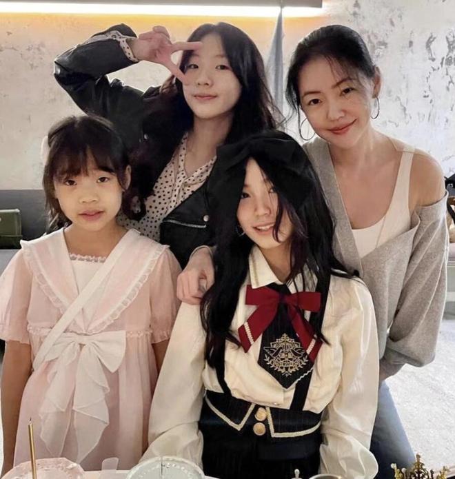 Đăng ảnh sinh nhật đón tuổi 13, con gái Tiểu S gây bão với chiều cao và visual siêu xinh, nổi bật hơn cả mẹ - ảnh 5