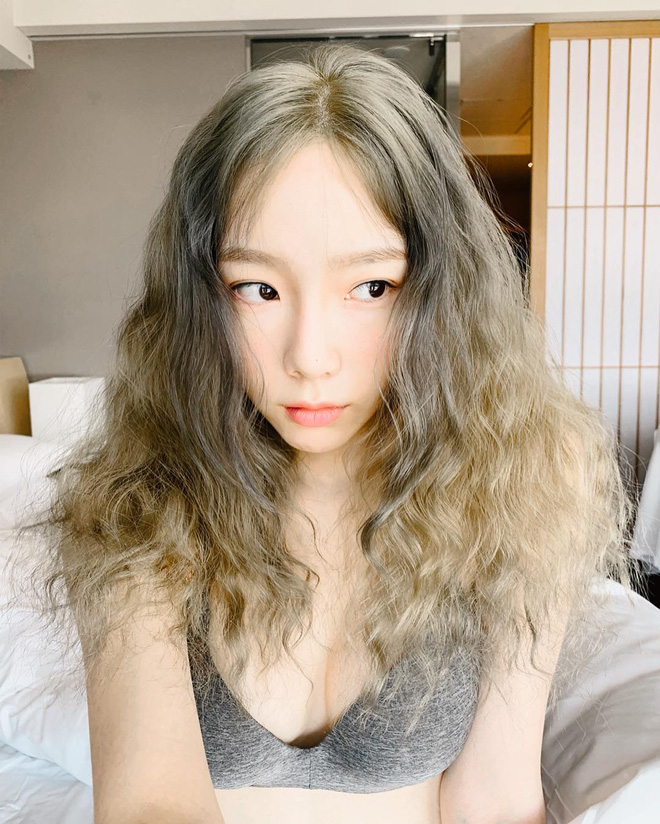 Taeyeon một mình đánh chiếm hai tạp chí với hình ảnh quyến rũ chết người - ảnh 15