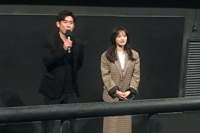Dàn tuyệt sắc mỹ nhân Kbiz ngoài đời: Han Ga In, Jeon Ji Hyun cũng phải chịu thua chị đại vạn người... sợ Kim Hye Soo! - ảnh 33