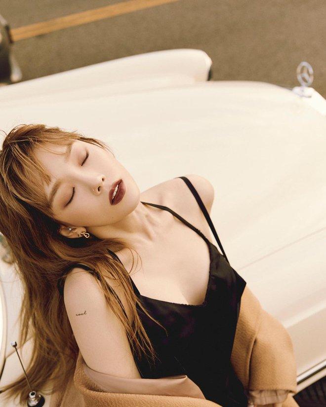 Taeyeon một mình đánh chiếm hai tạp chí với hình ảnh quyến rũ chết người - ảnh 16
