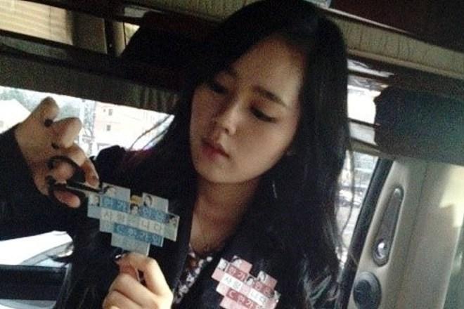 Dàn tuyệt sắc mỹ nhân Kbiz ngoài đời: Han Ga In, Jeon Ji Hyun cũng phải chịu thua chị đại vạn người... sợ Kim Hye Soo! - ảnh 26