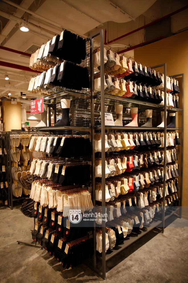 Tôi đã vào store MUJI trước ngày khai trương và muốn mách cho bạn loạt quần áo dưới 500k đáng sắm nhất - ảnh 5