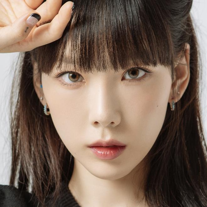 Taeyeon một mình đánh chiếm hai tạp chí với hình ảnh quyến rũ chết người - ảnh 1