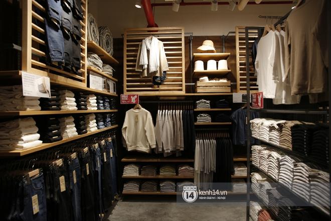 Tôi đã vào store MUJI trước ngày khai trương và muốn mách cho bạn loạt quần áo dưới 500k đáng sắm nhất - ảnh 3