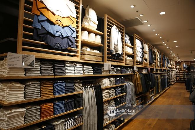 Tôi đã vào store MUJI trước ngày khai trương và muốn mách cho bạn loạt quần áo dưới 500k đáng sắm nhất - ảnh 4