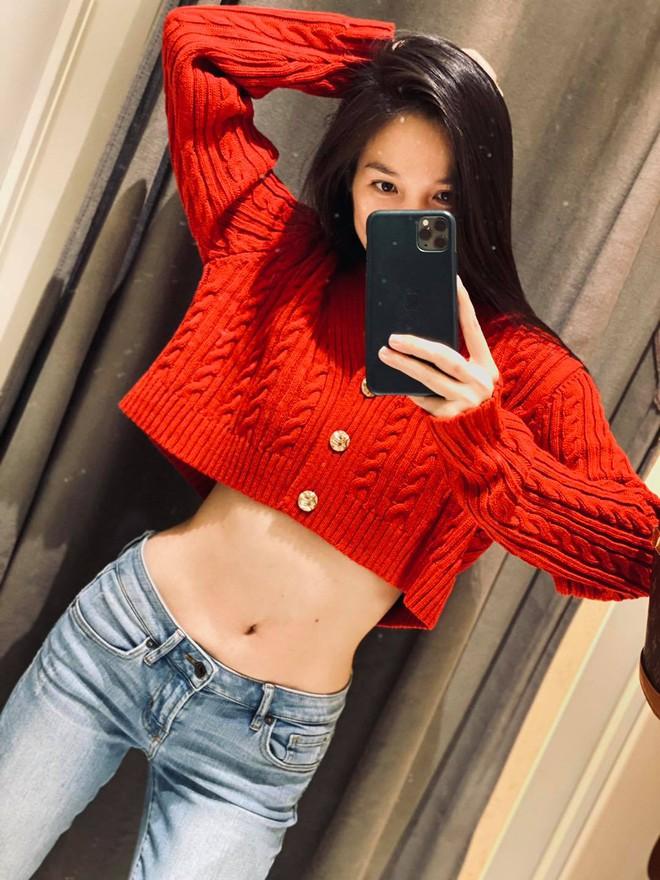 Sao Hàn cũng phải học Hiền Thục khoản hack tuổi: Style và visual nhìn như đôi mươi dù 6 tháng nữa là tròn 40 tuổi - Ảnh 2.
