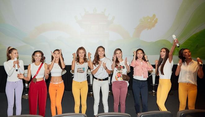 9 thí sinh Hoa hậu, Á hậu hoá SNSD trong buổi công chiếu show thực tế Vietnam Why Not - ảnh 2