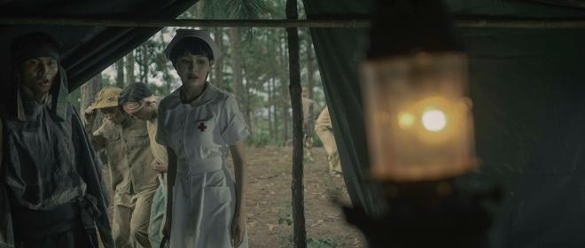 Gặp Nhưng Không Ở Lại của Hiền Hồ: Câu trả lời về vị trí của MV ballad drama giữa cơn bão rap Việt - ảnh 8