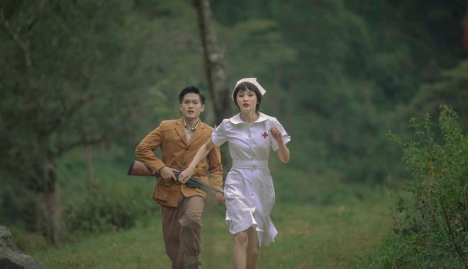 Gặp Nhưng Không Ở Lại của Hiền Hồ: Câu trả lời về vị trí của MV ballad drama giữa cơn bão rap Việt - ảnh 3
