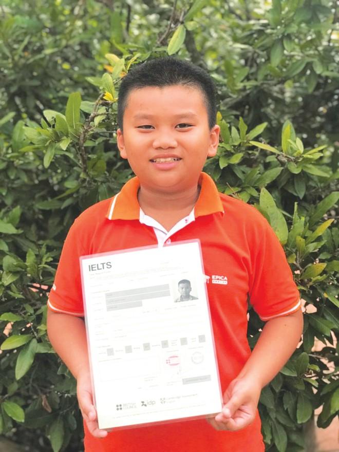 Thần đồng 10 tuổi đạt 7.0 IELTS: Tự học tiếng Anh từ 2 tuổi, bị Hội đồng từ chối vì nhỏ quá nhưng liều lĩnh gọi điện xin được thi - ảnh 3