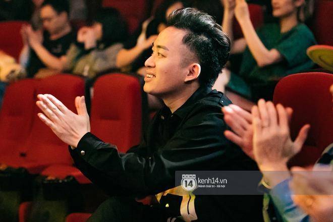 Phạm Anh Khoa thay thế cố nghệ sĩ Trần Lập làm minishow cùng nhóm Bức Tường, MC Lại Văn Sâm tiết lộ từng tham gia một ban nhạc - ảnh 4