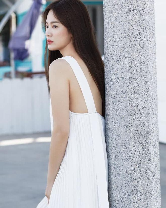 """4 bí quyết đơn giản giúp Song Hye Kyo giảm cân hiệu quả, cả """"hội lười biếng"""" cũng có thể làm được - ảnh 3"""