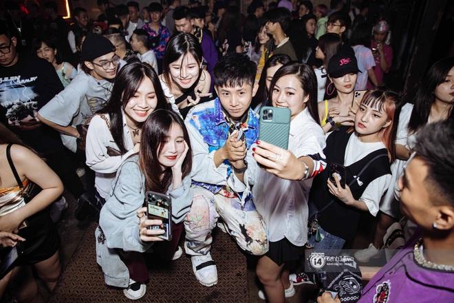 Nguyên gang OTD chơi lớn tặng iPhone 12 mừng sinh nhật Lăng LD, hai thí sinh Rap Việt bất ngờ đến góp vui - Ảnh 3.