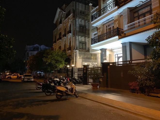 Lời khai của giám đốc công ty Hàn Quốc sát hại bạn đồng hương, phi tang xác bỏ vào vali ở Sài Gòn - Ảnh 2.