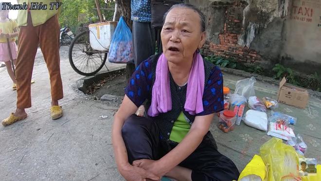 Bà hàng xóm ngóng Đỗ Thị Hà về làng từng ngày, vui quá nhầm một phát từ Hoa Hậu Việt Nam sang... nhất thế giới - ảnh 3