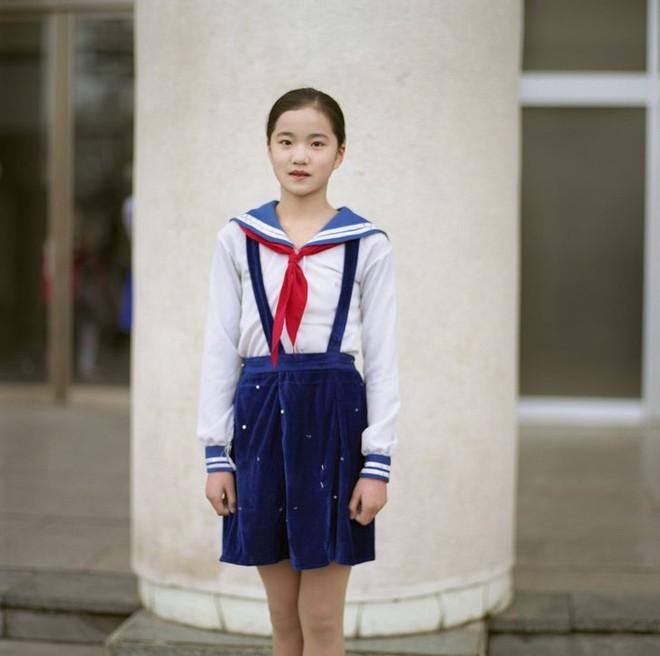 Nhìn qua đồng phục đến trường của học sinh ở các quốc gia trên thế giới, ẩn sau mỗi thiết kế đôi khi là những lý do riêng đặc biệt - ảnh 10