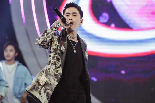 Vũ Cát Tường dẫn lối khán giả qua các hành tinh, Min suýt hoá nữ rocker, Thiều Bảo Trâm tiết lộ tung MV mới tại V Heartbeat tháng 11 - Ảnh 13.