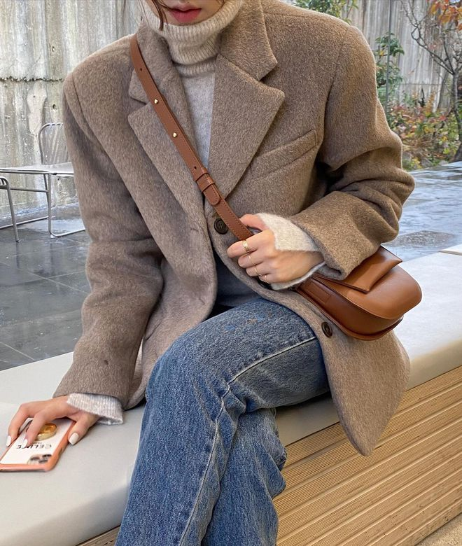 5 mẫu áo quá hợp để diện cùng blazer, bạn cần biết hết để không bao giờ thất bại trong chuyện mặc đẹp - ảnh 19