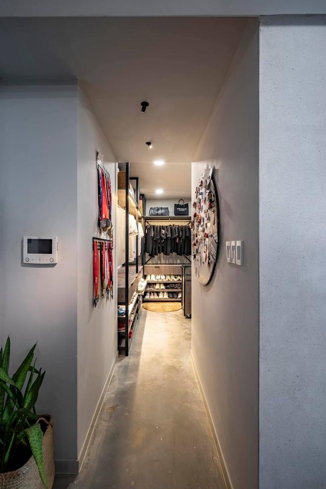 Mạnh tay đập bỏ hết tường và trần nhà, chàng trai Sài Gòn có ngay căn hộ studio cực ấn tượng, không gian mở được tận dụng tối đa - Ảnh 19.